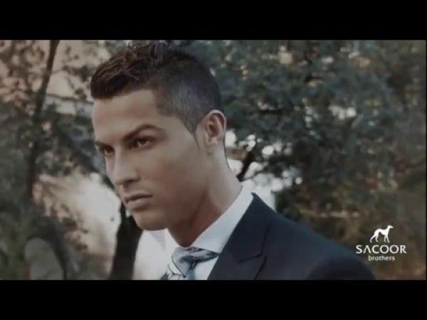 Embedded thumbnail for Cristiano Ronaldo nagyon elegáns az új ruha reklámban